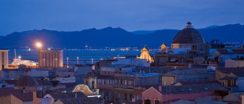 Cagliari in Notturna